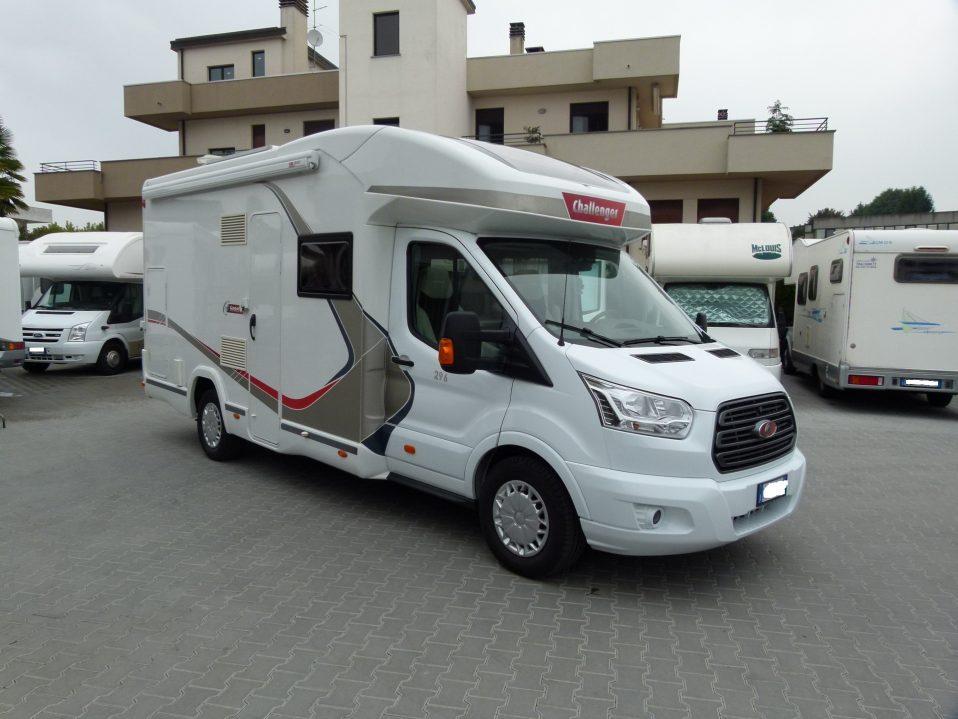Challenger Genesis 296 camper semintegrale usato garantito in vendita presso transweit