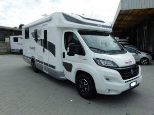Elnagh T-Loft 581 camper semintegrale usato garantito con garage in vendita presso transweit concessionario e assisenza como