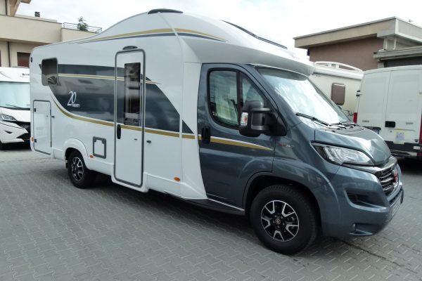 Bürstner 20-twenty camper semintegrale garage pronta consegna presso Transweit concessionario e assistenza Como