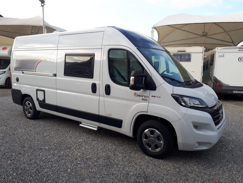 Dreamer D55 Exclusivecamper furgonato pronta consegna presso Transweit concessionario e assistenza Como