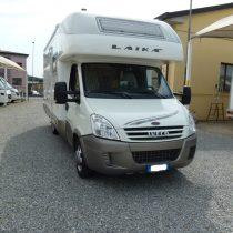 Laika Kreos 3001 camper mansardato garage in vendita presso Transweit concessionario e assistenza como