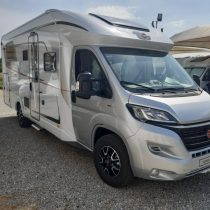 Burstner Lyseo TD 636 Privilege camper semintegrale con letto basculante anteriore e nautico pronta consegna occasione como