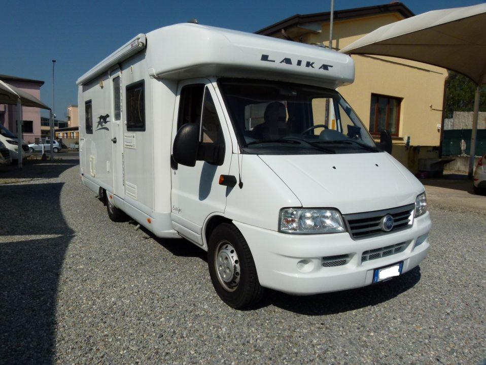Laika Ecovip 7.1g camper semintegrale usato con garage in vendita presso Transweit concessionario e assistenza Como