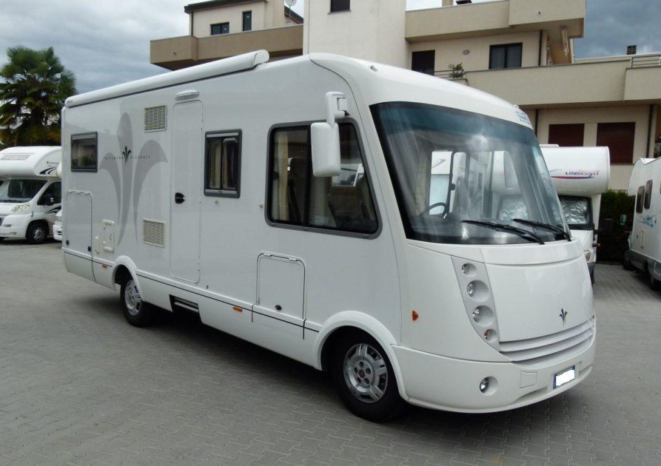 Niesmann+Bischoff Arto 69L motorhome usato con garage in vendita presso Transweit concessionario e assistenza Como