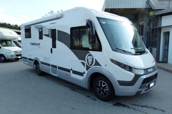 Elnagh Magnum 581 motorhome letto nautico usato garantito in vendita presso Transweit concessionario e assistenza camper e caravan como