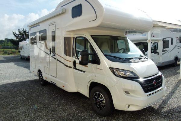 Eura Mobil Activa One 650HS camper mansardato con doppio pavimento in pronta consegna presso Transweit Como