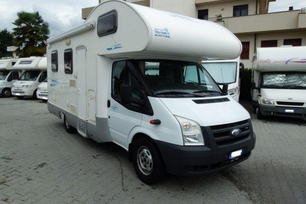 Rimor Katamarano 1 camper mansardato 6 posti usato in vendita presso Transweit concessionario e assitenza camper e caravan como