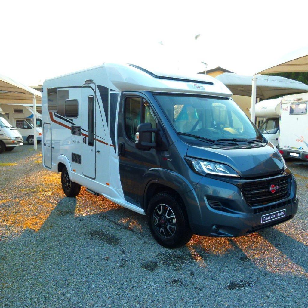 Burstner Travel Van 590 camper semintegrale compatto con ampio garage in coda in pronta consegna presso Transweit concessionario e assistenza Como
