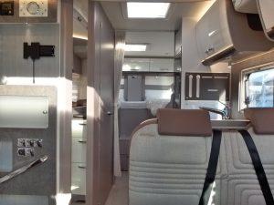 Bürstner Lyseo Privilege 690G camper semintegrale letti gemelli pronta consegna presso Transweit concessionario e assistenza como
