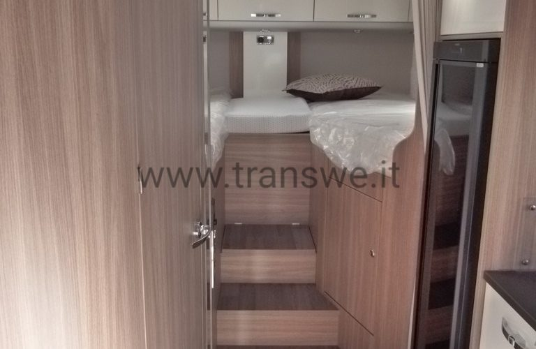 Burstner-20-Twenty-726G-camper-semintegrale-letti-gemelli-pronta-consegna-transweit-concessionario-e-assistenza-como (6)