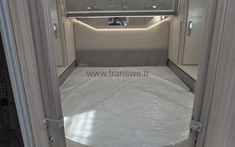 elnagh-tloft-582-anniversary-camper-semintegrale-letto-nautico-pronta-consegna-transweit-concessionario-assistenza-como-1 (6)
