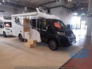Caravdo C337 camper van con letti gemelli in pronta consegna presso Transweit concessionario e assistenza Como